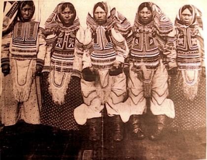 inuitwomen.jpg