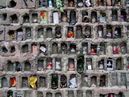 mur tongs.jpg