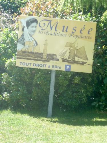 musée panneau 2.jpg