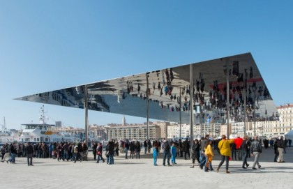 miroir-Vieux-Port-Marseille.jpg