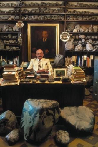 Dr Javier Cabrera.jpg
