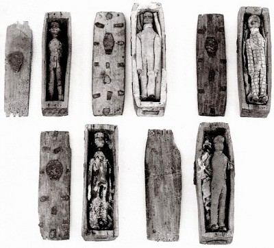 arthur's seat coffins,edimbourg,national museum of scotland,burke et hare,sorcellerie,art brut