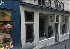 rue ste croix.jpg